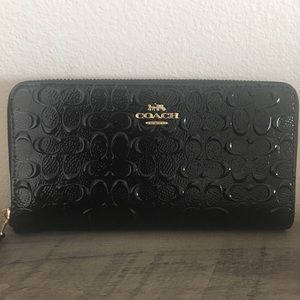 Coach Black Signature Embossed Wallet NWT